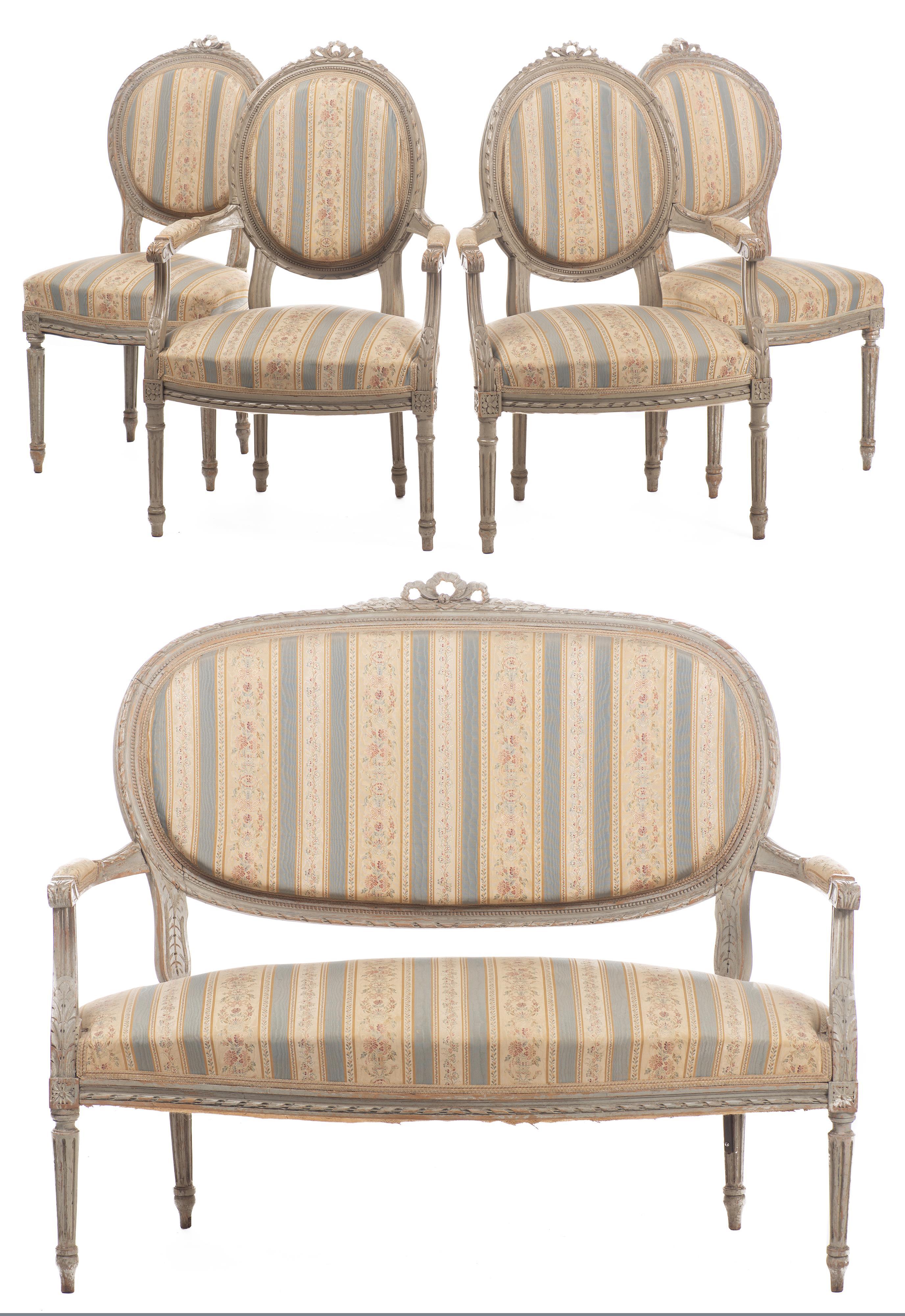 Salon de style Louis XVI-Directoire - LotSearch.de